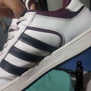 AUTHENTIC!! Adidas Varial low