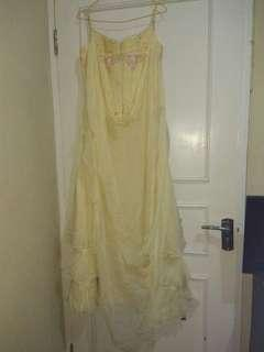 Dijual Dress Pesta Warna Kuning