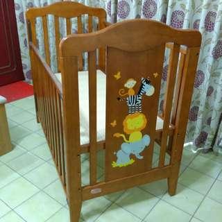 (降價喔~)嬰兒床