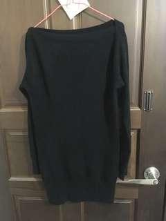 🚚 黑色上衣(一字領裙子)