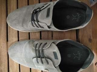 Gray Faguo Sneakers