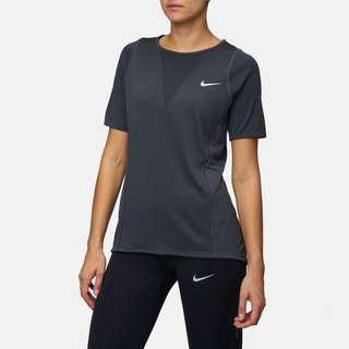BNWT Nike Women's Dri-FIT Zonal Cooling Relay Running Tee