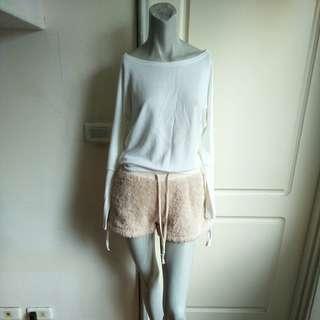 🚚 【onsale】韓國品牌DaviAntte白色造型袖子長T.長袖上衣.長袖T恤