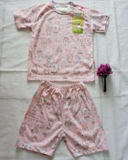 Velvet Junior - Setelan (atasan + celana) Oblong Pendek Motif Bunny #ibuhebat