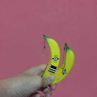 🚚 Free NM ! Minion Banana Squishy