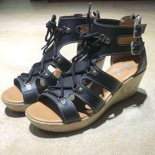 🚚 中跟楔形涼鞋 24.5