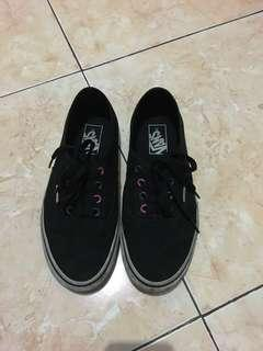 Vans Authentic Black color ring