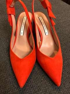🚚 Zara橘色尖頭低跟涼鞋!(九成新)