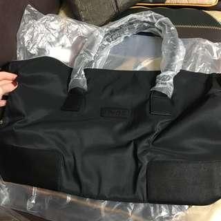 🚚 Lancôme 黑色 包包
