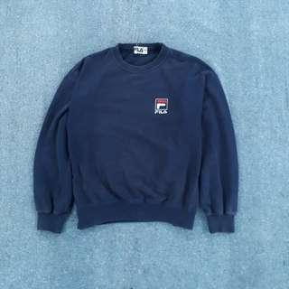 Sweater Fila fit S dalam