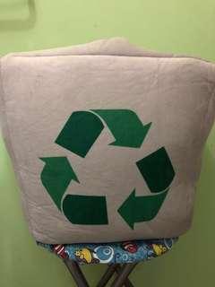 垃圾回收筒公仔