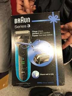 🚚 Braun shaver series 3