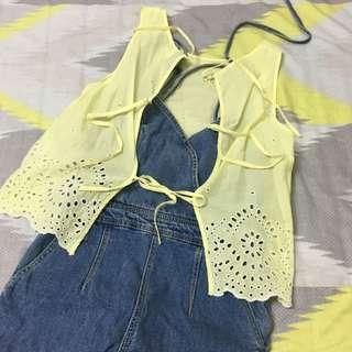 🚚 轉賣 二手 h&m 鵝黃 粗針 布 蕾絲 背心 泰國 刺繡 雪紡 罩衫 浪漫 夏日 海邊