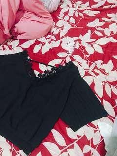 🚚 露背 超美 黑色上衣#半價衣服市集
