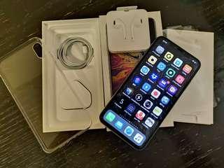 99% 新iPhone XS max 256,銀色,2018年12月27日! 前面已貼 imos 貴價全屏玻璃貼 mon冇光點死點 後玻璃有貼, 有AppleCare plus(價值$1888) 到2020年12月27號