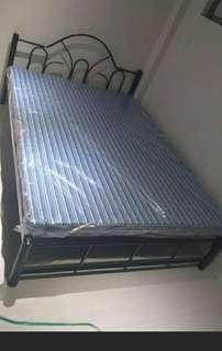 Bedframe with uratex foam 54*75