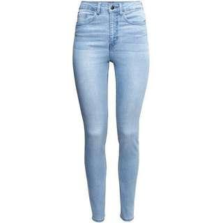 🚚 H&M light blue high waisted jeans