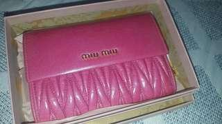 Miu Miu 100%New Wallet Matelasse Pink Genuine leather bi fold 真皮銀包
