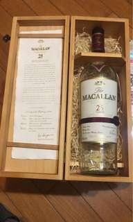 Macallan 25年吉樽及吉盒
