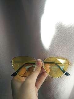 Sunnies / Eye Glass