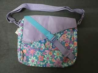 Smiggle massenger bag