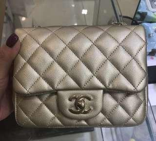 Chanel MINI SQUARE 17cm 香檳金色 金扣