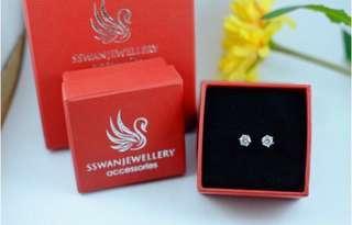 Anting Five star SWAROVSKI DIAMOND