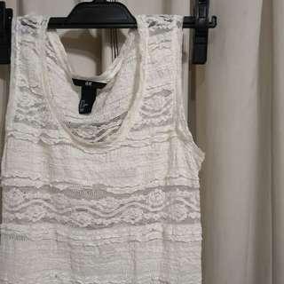 🚚 H&M creamy white lace top