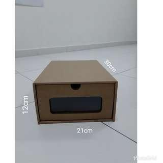 Brown box - Shoe box
