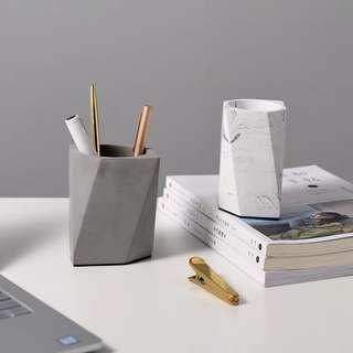 Cement pen stationary holder