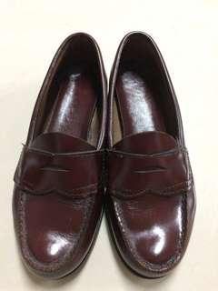 🚚 Bass酒紅色全真牛皮平底鞋
