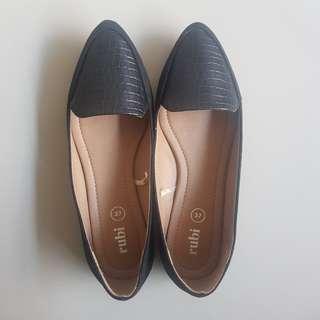 Rubi Flat Shoes 37