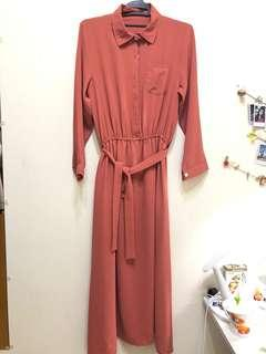 粉橘連身洋裝