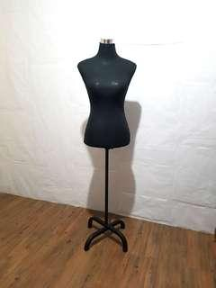 Fitting Form Mannequin [FOR RENT]