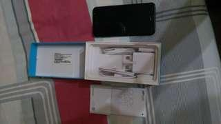 Samsung J7 plus 4/32gb