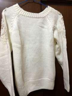 米白色冷衫