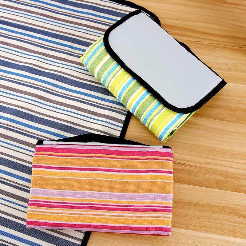 露營野餐沙灘好幫手 條紋摺疊野餐墊