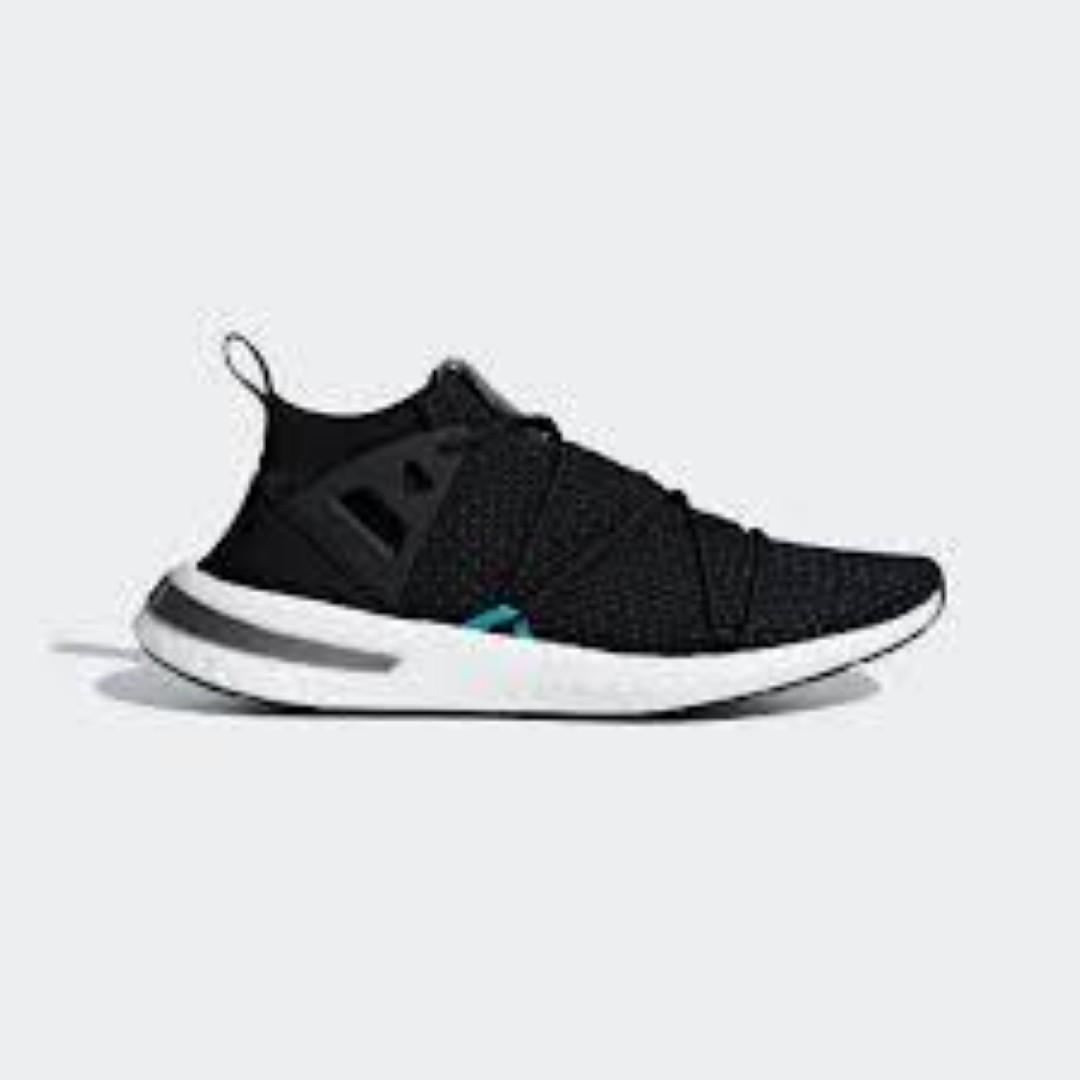 Adidas Arkyn Runners Women's Sizes Black Boost Primeknit Size 6.5