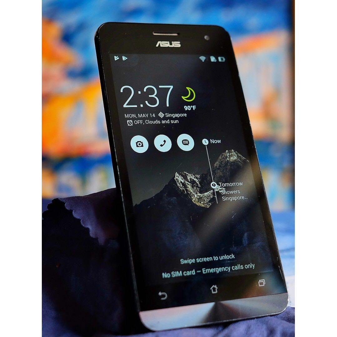 Asus ZenFone come with FM radio