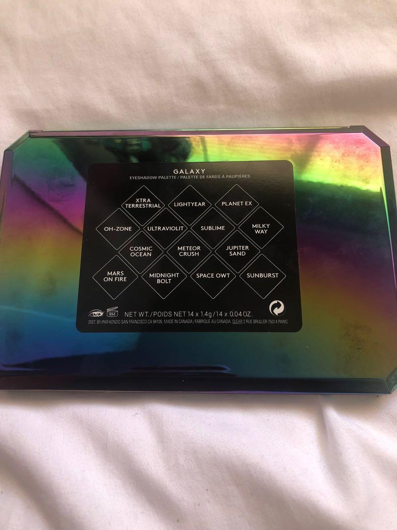 Fenty Beauty limited edition galaxy eyeshadow palette