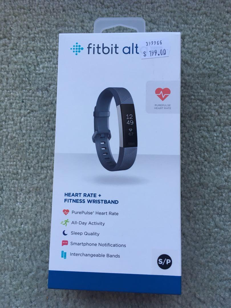 FITBIT ALTA HR (small size )