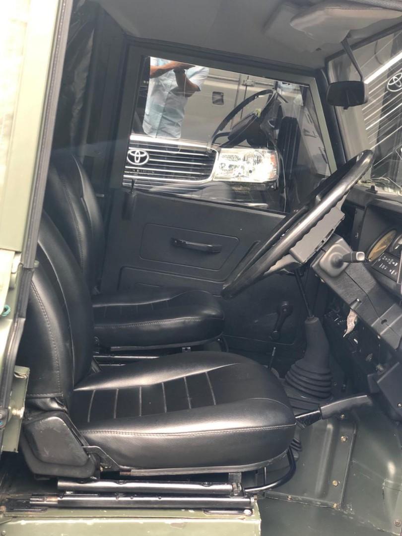 Land rover County 2.3L diesel non turbo 1989 milspec singapore. Surat tahun 73 sudah solar tembus pajak on plat B