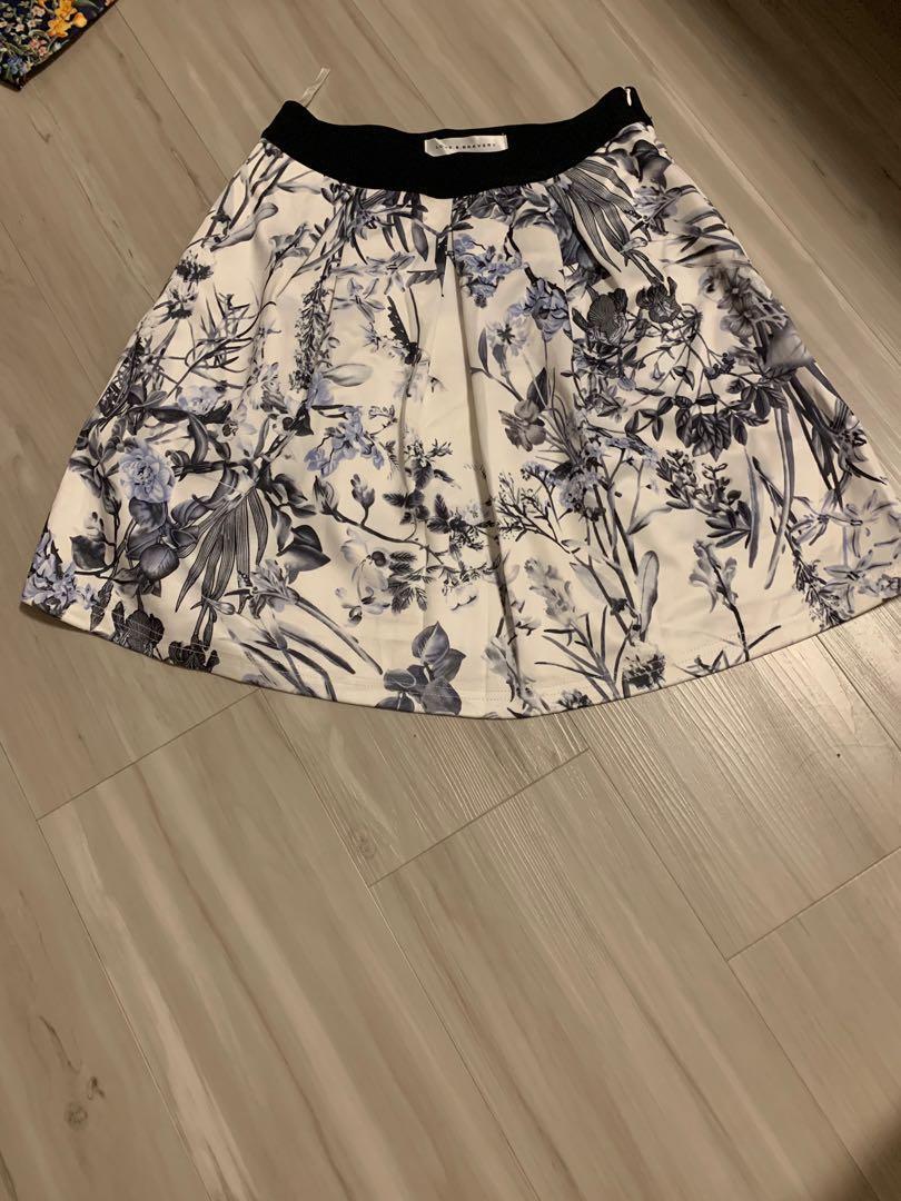 Love & Bravery Printed Skirt