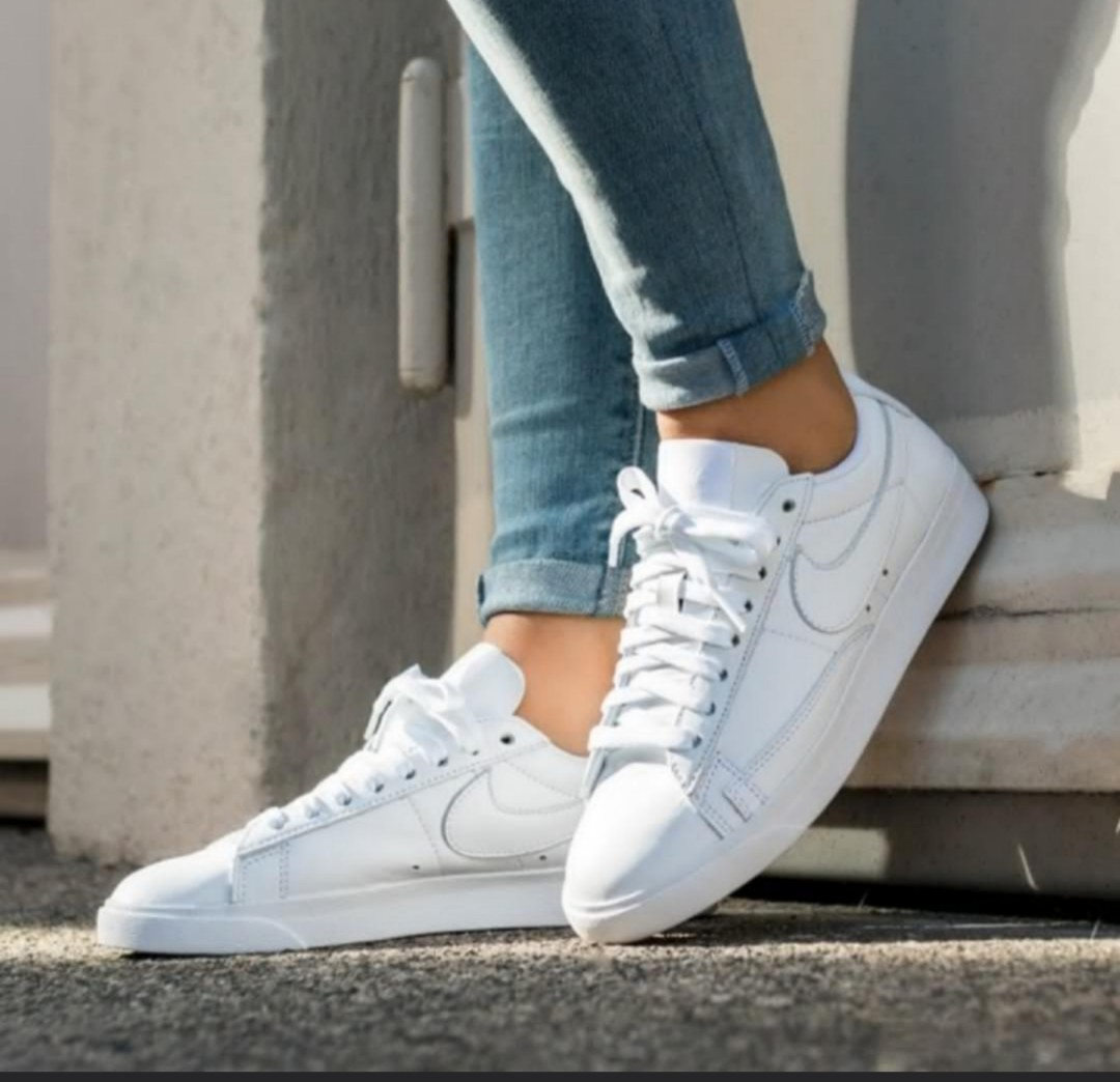 ff987bf4e2943f NEW Nike Blazer Low LE, Women's Fashion, Shoes, Sneakers on Carousell