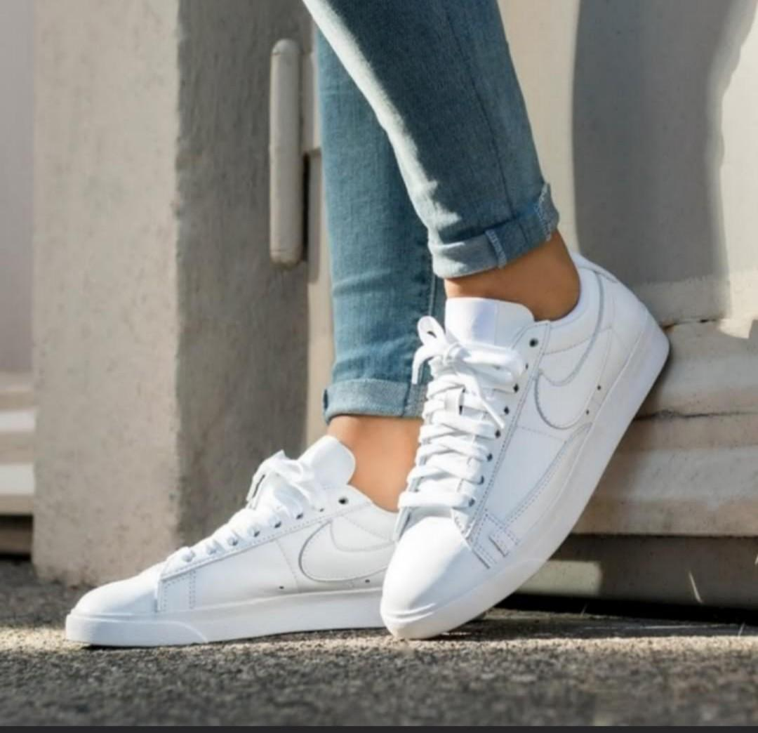 free shipping a0a21 d7890 NEW Nike Blazer Low LE, Women's Fashion, Shoes, Sneakers on ...