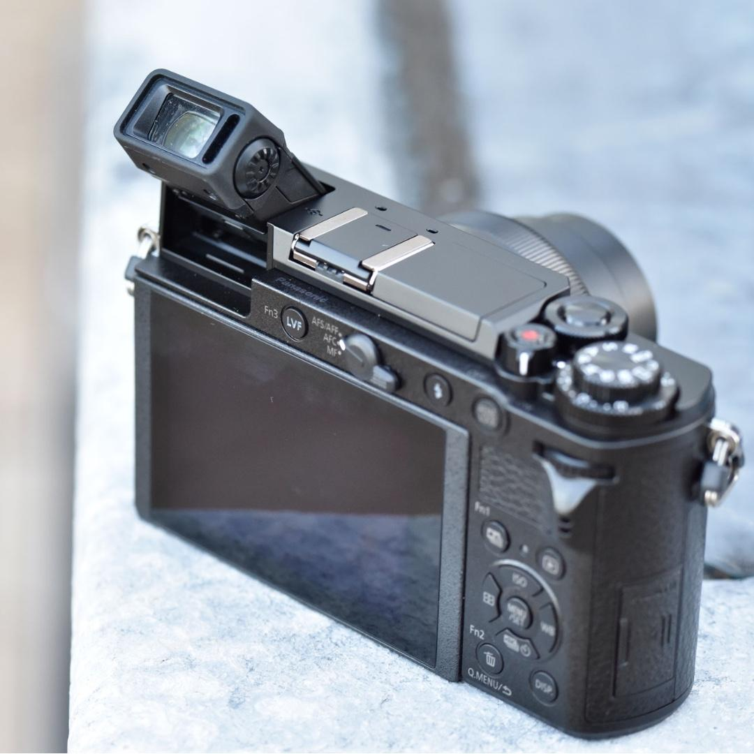 Panasonic GX9 (Full Set with multiple lens)