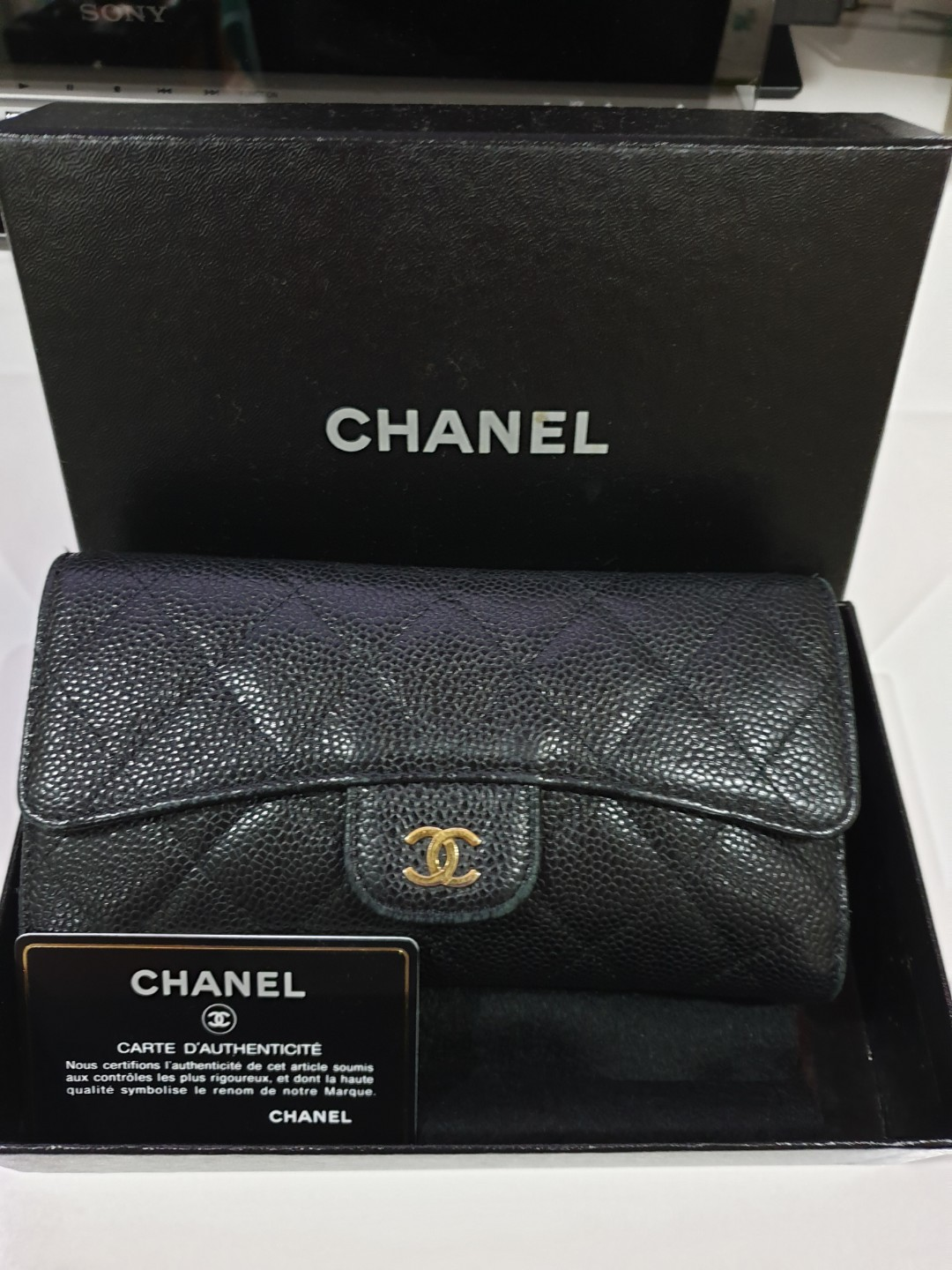 84b590d585cf Pre-loved Chanel Long Wallet, Luxury, Bags & Wallets, Wallets on ...