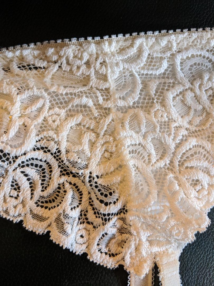 White lace floral suspenders