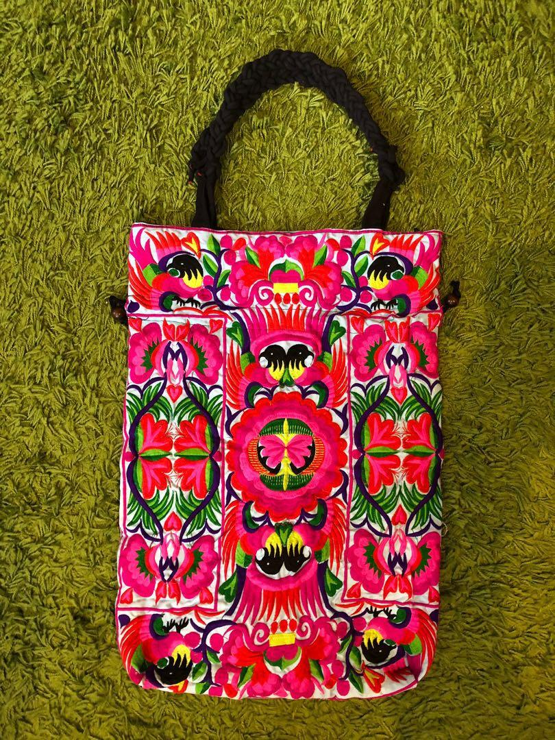 White Red Embroidered Tote / Boho Should / Banjara Bag 白色紅色刺繡手提袋 / 波西米亞風 / Banjara手提包