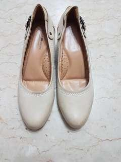 Real leather creamy white gradient, wood wedges ladies shoes